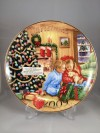2009 Avon Collectible Christmas Plate-Caucasian