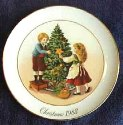 SO-1982 Avon Christmas Plate