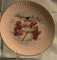 SO-1986 Avon Christmas Plate