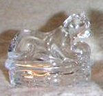 SO-1994 Avon Crystal Cat - Cat in Basket Figurine