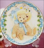 SO-2002 Avon Mothers Day Plate-Cherished Teddies