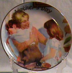 SO-2007 Avon Mothers Day Plate -Caucasian