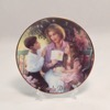 SO-1999 Avon Mothers Day Plate-Caucasian