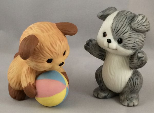 1992 Avon Best Buddies - Puppies Playing Ball With Original Box