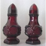 SO-Avon Cape Cod Salt & Pepper Set